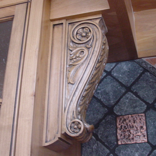Handcrafted Classic Wood Corbel